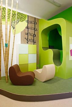 Kids Room: Unique Kids Room Interior Design Ideas With Bamboo Display Also Futuristic Floor Seating And Two Tone Chest Of Drawer: Best Way to Make Kids Interior Design Colorful Interior Design, Room Interior Design, Kids Room Design, Home Interior, Colorful Interiors, Modern Design, Clinic Design, Healthcare Design, Hospital Design