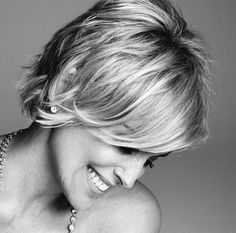 Sharon Stone at 56 I like her hair color and style Cute Hairstyles For Short Hair, Pretty Hairstyles, Short Hair Cuts, Blonde Hairstyles, Braid Hairstyles, Short Shaggy Haircuts, Good Hair Day, Great Hair, Fine Hair