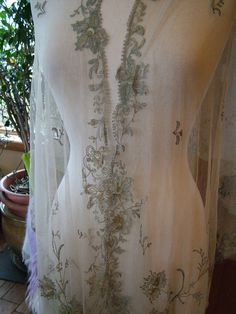 Antique Re embroidered lace tulle shawl meatllic gold silver floral pattern exquisite