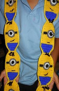 http://www.ravelry.com/patterns/library/minion-scarf
