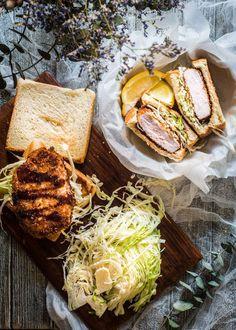 Katsu Recipes, Pork Recipes, Pork Cutlets, Tonkatsu, Fried Pork, Asian Cooking, Good Food, Awesome Food, Entrees