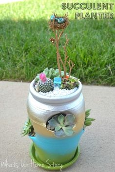 Succulent planter in a strawberry pot - Unique gift idea for Mom! Detailed Tutorial @ www.whatsurhomestory.com