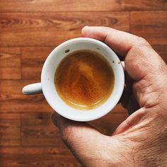 Nothing simpler than caffeine  Props to @tfl_blog . . . . . #brown #espresso #coffee #woodgrain #handinframe #coffeeculture #coffeesesh #coffeecommunity #espressolove #expresso #coffeemug