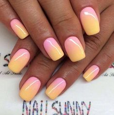 With the spring and summer coming up it's a good time to get in the vibe of some colorful nails. Today I share nails in an ombre theme. Manicure Gel, Manicure Nail Designs, Ombre Nail Designs, Nails Design, Design Design, Design Ideas, Cute Nails, Pretty Nails, Beach Nails