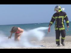 Prankster Sprays People Smoking Cigarettes with Fire Extinguisher! | Reece | XL1067