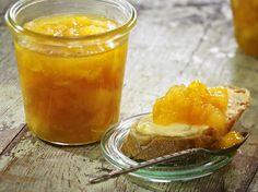 Unser beliebtes Rezept für Quitten-Mango-Konfitüre und mehr als 55.000 weitere kostenlose Rezepte auf LECKER.de.