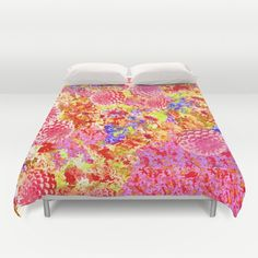 Daisies for Mum Duvet Cover by VikkiSalmela, #photographic #pink #mums #daisies #flower #garden on #home #decor #duvet covers. Perfect for #teens, #her, or a fun bright #bedroom. Coordinating products available.