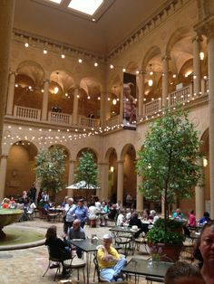 Beautiful atrium in the Nelson-Atkins Museum of Art, Kansas City, Mo