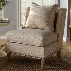 Small Chair For Bedroom, Bedroom Chair, Heavy Duty Beach Chairs, Leopard Chair, Sunroom Decorating, Decorating Ideas, Comfortable Living Room Chairs, Barrel Chair