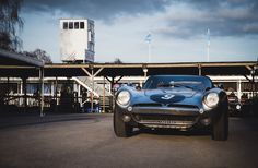 Jamie McIntyre and Bobby Verdon-Roe - 1964 ISO Bizzarrini A3C at the Goodwood 73rd Members Meeting (Photo 3)