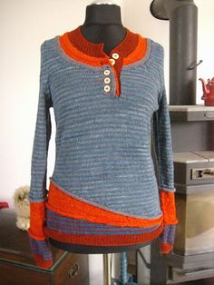 ♥ Ravelry: 3 in - Project Gallery for 3 in 1 pattern by atelier alfa (layered orange / grey / striped sweater / pullover) Moda Crochet, Knit Crochet, Tricot D'art, Diy Clothing, Ravelry, Pulls, Refashion, Knitting Projects, Hand Knitting