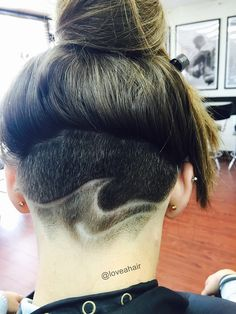 soulful-stars: Hey friends, look at my new cut! Shaved Nape, Shaved Head, Undercut Hairstyles, Cute Hairstyles, Undercut Hair Designs, Hair Issues, Hair Tattoos, Cut And Color, Hair Trends