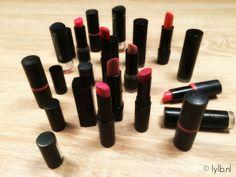Je lipsticks op een handige manier organisen? Vandaag laat ik zien hoe je dit kan doen! Klik op de link om het filmpje te bekijken. ♡ https://www.youtube.com/watch?v=H9XT-DCJHXU&t=17s Link naar blog:http://lylb.nl/lipsticks-organisen-laat-zien-hoe-kunt