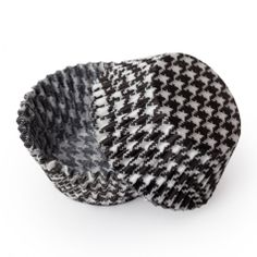 red velvet cupcakes in houndstooth?  Roll Tide!  Black Houndstooth Cupcake Liners, Standard Size Baking Cups BULK (500 Liners) [Standard Houndstooth LINER 500ct] :