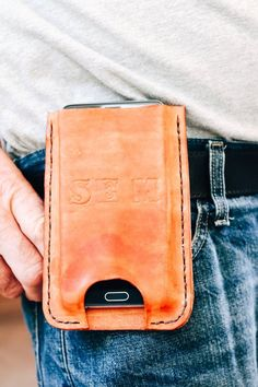 Personalized Leather Cell Phone Case for Bikers or Hunters, Wear on the Belt, Durable Case, Rustic Case Leather Belts, Leather Pouch, Leather Holster, Cool Iphone Cases, Iphone Case Covers, Leather Cell Phone Cases, Phone Holster, Leather Craft, Sewing Leather
