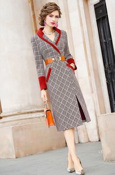 Stunning Dresses, Cute Dresses, Vintage Dresses, Dresses For Work, Chic Fashionista, Sleeves Designs For Dresses, Business Casual Attire, Check Dress, Stylish Tops