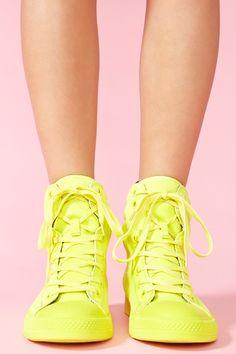 Nexxus Sneaker - Neon Yellow