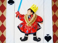 The Mighty King of Spades Baby spent most of their time on sleeping. Do they have dreams or they just rest peacefully? Queenie Liao, a free-lance artist and mother of three boys living in California, give us her own take on this question by illustrating her child Wengenn dreams of during his sleep. Combining artistry and imagination, Liao created storybook-like scenes by surrounding her sleeping son with stuffed animals, toys, blankets and other common household materials. There are more…