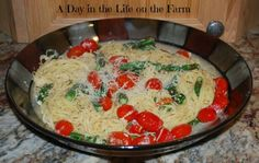 A Day in the Life on the Farm: Summer Veggie Pasta for #WeekdaySupper
