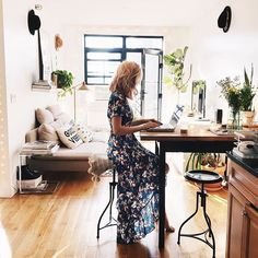 Love mornings like this  Except that this image was taking 5 minutes before my computer randomly crashed ☹️Friendly reminder - Don't forget to do your back up! xo xo #love #home #interior #nyc