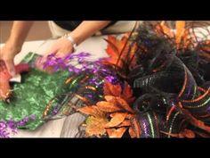 How to Make a Deco Mesh Wreath - YouTube