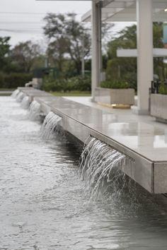 Spa Jets, Interior Architecture, Interior Design, Mall, City, New Ideas, Decorating Ideas, Enterprise Architecture, Porto
