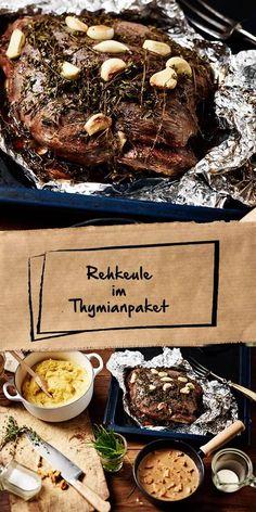 Reh in Thymianpackung mit Pfifferlingsauce und Polenta - Wild Rezepte - Polenta, Sauce Crémeuse, Beef Wellington, Venison, Greek Recipes, International Recipes, Serving Platters, Food Inspiration, Tortellini