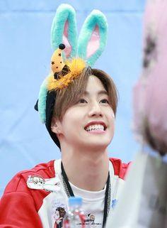 Cute Mark ^_^