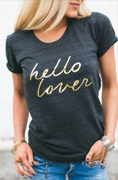 ✔️Channel your inner Carrie Bradshaw (aka, the fashion goddess) with this super chic tee. Gold foil print can be seen just about everywhere, it's a blogger favorite used in fashionable prints and home goods accessories. Become a trend setter this winter with the gold foil tee and pair it with leather leggings to make a sexy, cool statement. Model wearing size small.