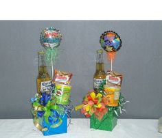 Ancheta de botella Mens Valentines Gifts, Valentines Day Party, Holiday Gifts, Candy Gifts, Jar Gifts, Alcohol Basket, Liquor Bouquet, Gift Baskets For Him, Candy Flowers