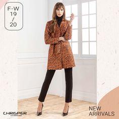 Παλτό σε μοτίβο ζέβρας που συνδυάζει το κομψό και το μοντέρνο. Μην περιμένεις άλλο και στείλε μας μήνυμα! Κωδικός: 52011 Chic, Style, Fashion, Shabby Chic, Swag, Moda, Elegant, Fashion Styles, Fashion Illustrations