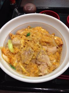 Japanese food OYAKODON