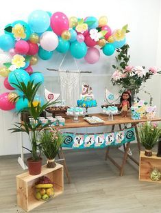 Hawaiian Birthday, Luau Birthday, 2nd Birthday Parties, Birthday Ideas, Moana Birthday Party Theme, Moana Themed Party, Moana Birthday Cakes, Moana Party Decorations, Birthday Balloon Decorations