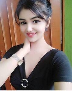 New Tattoo Girl Face Smile 54 Ideas Desi Girl Image, Lovely Girl Image, Beautiful Girl Photo, Beautiful Girl Indian, Girls Image, Beautiful Saree, Beautiful Models, Simply Beautiful, Beautiful Women