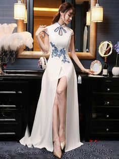 White Embroidered Evening Dress Long Cheongsam – uoozee