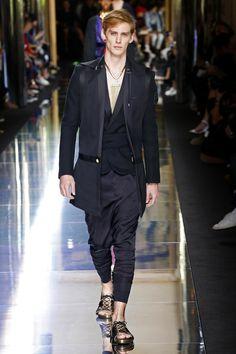 Balmain | Menswear - Spring 2017 | Look 61