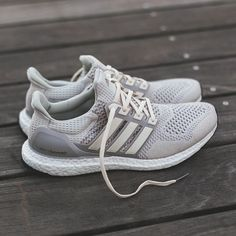 Help... (Temp Post) I'm looking to get my hands on a pair of Ultra Boost LTD Cream/Chalk - UK10.5 . Looking for trade / trade + cash deal. . Pairs have which I'd potentially trade: ACE16+ Ultra Boost Black - UK10 Olive Ultra Boost 1.0 - UK10.5 Triple White Ultra Boost Uncaged - UK9.5 Olive Ultra Boost Uncaged - UK10.5 NMD XR1 Duck Camo - UK10 . Thanks!