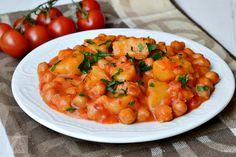 Tocanita de naut cu cartofi, la slow cooker Crockpot, Chana Masala, Stew, Risotto, Slow Cooker, Curry, Veggies, Yummy Food, Ethnic Recipes