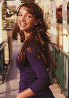 Brown Hair - White background 1998 roku