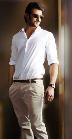 Handsome Tollywood hunk Prabhas is going to get married soon. Sources stated that his marriage will be in after Bahubali release. Prabhas Actor, Best Actor, Handsome Celebrities, Indian Celebrities, Prabhas Pics, Hd Photos, Travis Fimmel, Prabhas And Anushka, Galaxy Pictures
