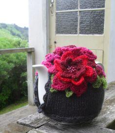 The Gratitude Tea Cozy | Crochet with Raymond---inspiration
