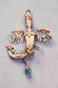 Harpy pendant