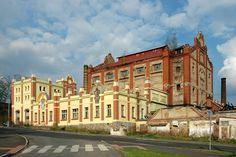 Chomutovský pivovar před zbouráním v roce 2010 - dnes Kaufland :-((( Louvre, Mansions, House Styles, Building, Travel, Mansion Houses, Voyage, Manor Houses, Buildings