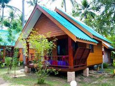 Beach bungalow on Koh Lanta - Sayang Beach - love the color roof and dark wood