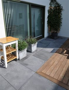 S:T Eriks MARKSTEN FUNKIS GRAFIT 60x60x6 CM | Stonefactory.se Landscape Design, Garden Design, Garden Tiles, Swimming Pool Decks, Outdoor Spaces, Outdoor Decor, Concrete Patio, Backyard Landscaping, Pergola
