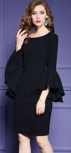 Chic O-Neck Flare Sleeve Slim Bodycon Dress