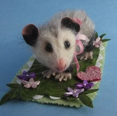 needle felted opossum | Little Ellie May, Needle Felted Opossum | Felted