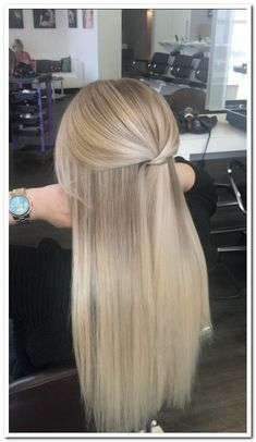 Winter hair color for blondes you can not imagine – winter … – Haar Blonde Bob Wig, Blonde Hair Looks, Blonde Curls, Winter Blonde Hair, Ombre Hair, Blonde Prom Hair, Cream Blonde Hair, Perfect Blonde Hair, Beautiful Blonde Hair