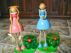 plastic bottle dolls - This is something new! Cool idea on how to upcycle plastic bottles! Reuse Plastic Bottles, Plastic Bottle Crafts, Diy Bottle, Recycled Bottles, Recycled Crafts, Easy Crafts, Crafts For Kids, Arts And Crafts, Diy Projects To Try