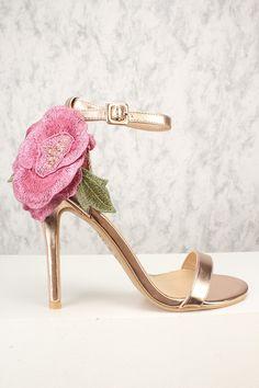 f78acf96ba 47 Best Floral Heels images | Shoes heels, Womens high heels, Court ...